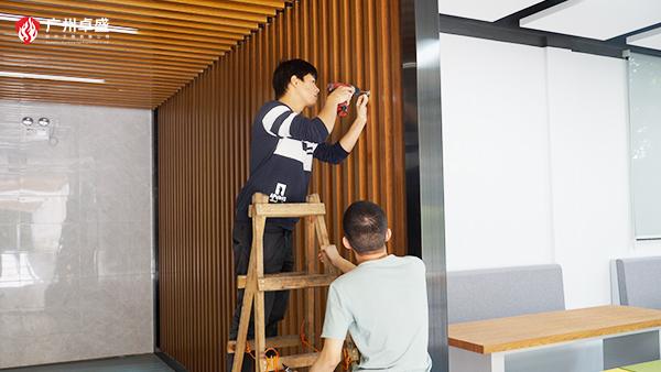 卓盛标识-背景墙安装定位